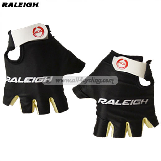 2013 Guantes Raleigh
